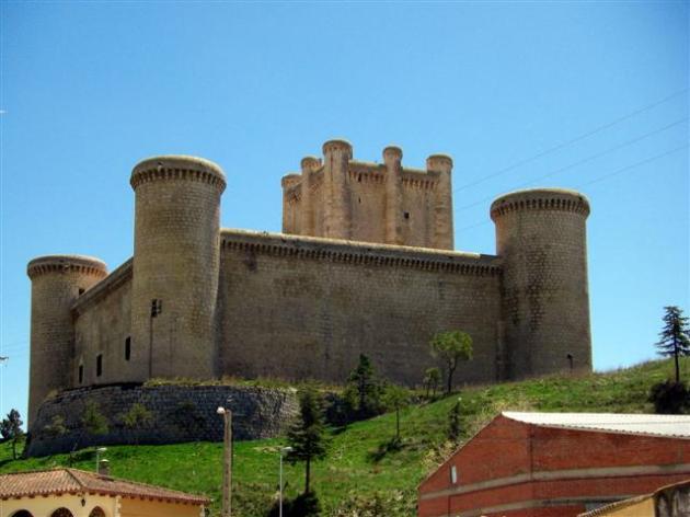 Castillo de los Comuneros de Torrelobatón . Valladolid. Spain.