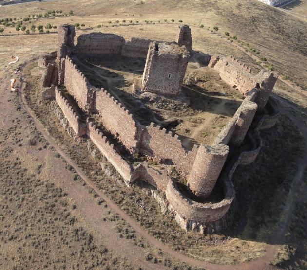 Castillo de Almonacid. Toledo. Spain.