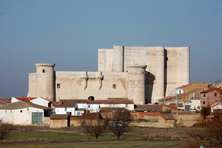 Castillo de los Sarmiento, Fuentes de Valdepero.PalenciaFuentes Valdepero-castillo