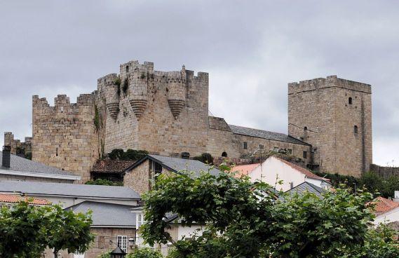 Castillo de los Condes de Lemos. Castro Caldelas . Orense