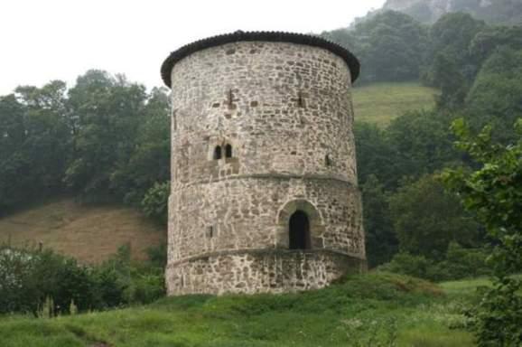 Torre de Proaza, Torre del Campo, Torre de los González Tuñón. Principado de Asturias